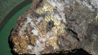 HOW TO TELL THE DIFFERENCE  BETWEEN GOLD and PYRITE