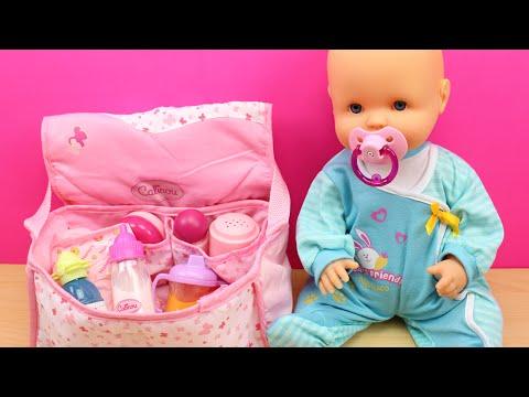 Bolso Cambiador para la bebé | La muñeca Bebé Nenuco come papilla, hace pipí y le cambio el pañal thumbnail