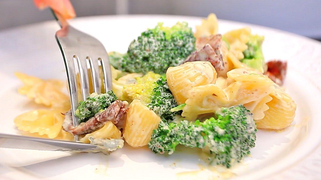 Паста с беконом и брокколи за 15 минут | рецепт Рукавички МанифТВ