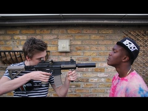 Thumbnail: Paintball FIFA | KSI VS Caspar Lee