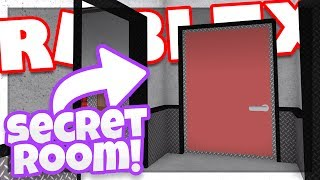How to get the SECRET FINDER BADGE | ROBLOX Epic Minigames