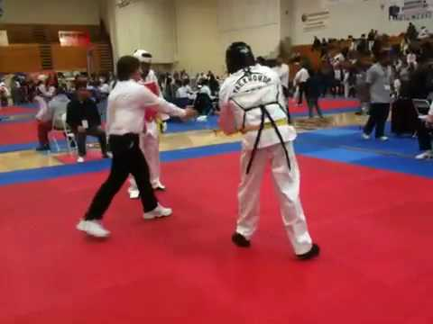Louis Correa (red): Round 2 at Lai TKD Tournament ...