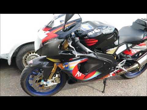 Superbike Aprilia RSV Mille R 2003. Colin Edwards replica.