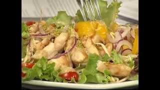 Салат с курицей и проростками 'Маша'