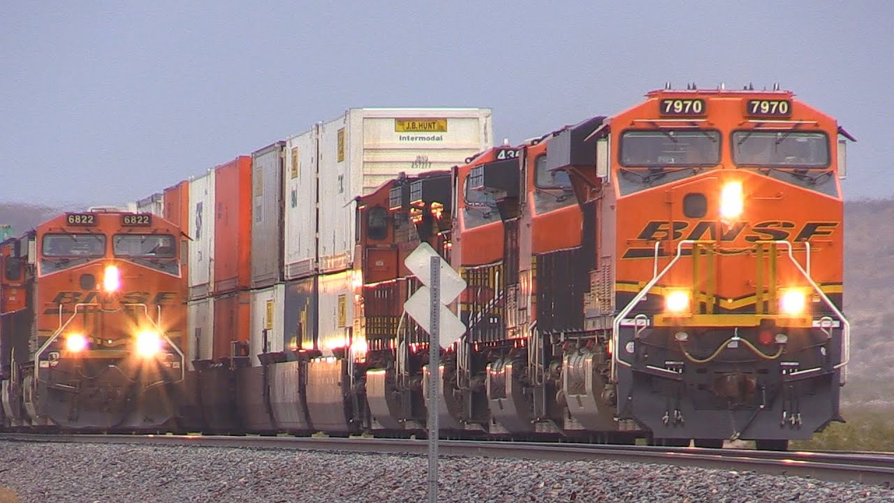 BNSF RACE !!! & LOTS MORE