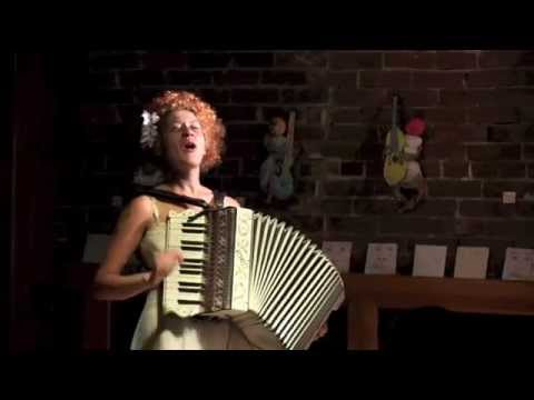 Karla Mi Lugo, Live at Floyd's Coffee, Portland, OR, 8/16/2014