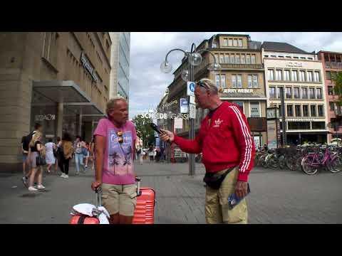 Kölsche Jung auf Köln Tour.