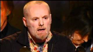 Download lagu Pretenders accept award Rock and Roll Hall of Fame Inductions 2005