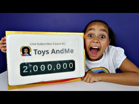 2 MILLION SUBSCRIBERS SPECIAL!  DANCE CHALLENGE - Candy Cake Celebration | Toys AndMe