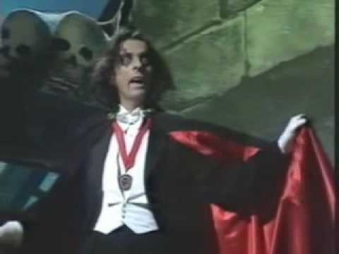 ALICE COOPER (Welcome To My Nightmare)