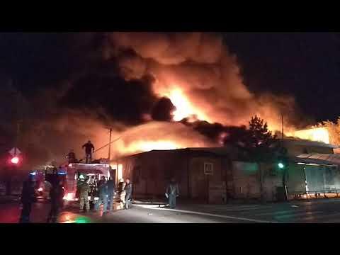 Ужас!!! Пожар Хитрого рынка в Ахтубинске