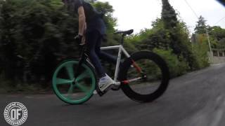 How to Skid  with the king of the hill -  Wolfbotts - Fixedgear -DAFNEFIXED