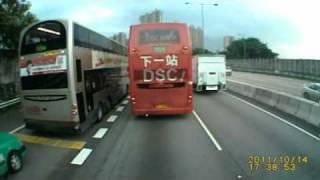 公共巴士鋞大欖隧道出元朗公路不正確的駕駛態度