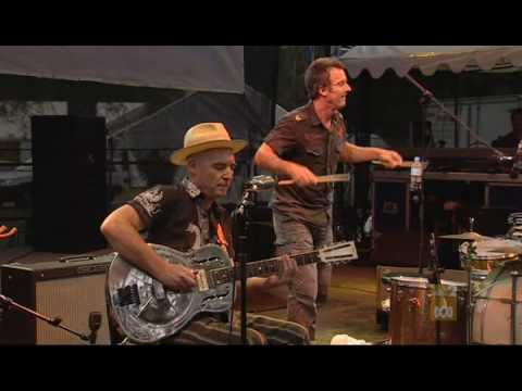 Backsliders - You Three - Womadelaide 2007