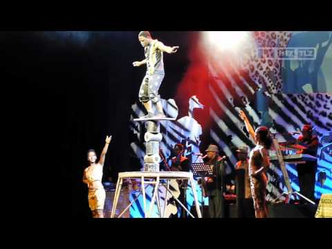 Mother Africa: Circus der ganz besonderen Art