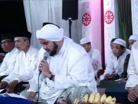 Astaghfirulloh rabbal baraya...Jengglong Bersholawat Bersama Habib Syech Bin Abdul Qodir Assegaf