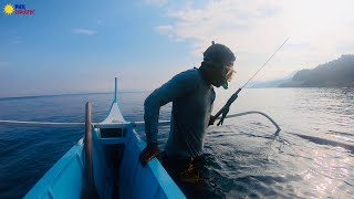 SUPERHUMAN DIVER FROM THE MANGYAN TRIBE, SPEARFISHING PHILIPPINES CATCH & COOK !!!