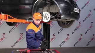 Instalar Tirante da Barra Estabilizadora traseiro e dianteiro MERCEDES-BENZ A-CLASS (W168): vídeo grátis
