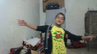 Repeat youtube video Tera Dhiyan Kidhar Hai Ye Tera Hero Idhar Hai
