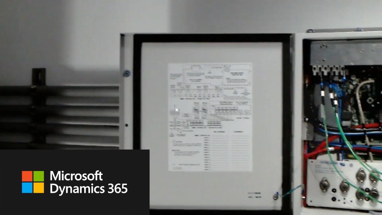 How to call an expert from a Field Service booking | Dynamics 365 Remote  Assist for HoloLens