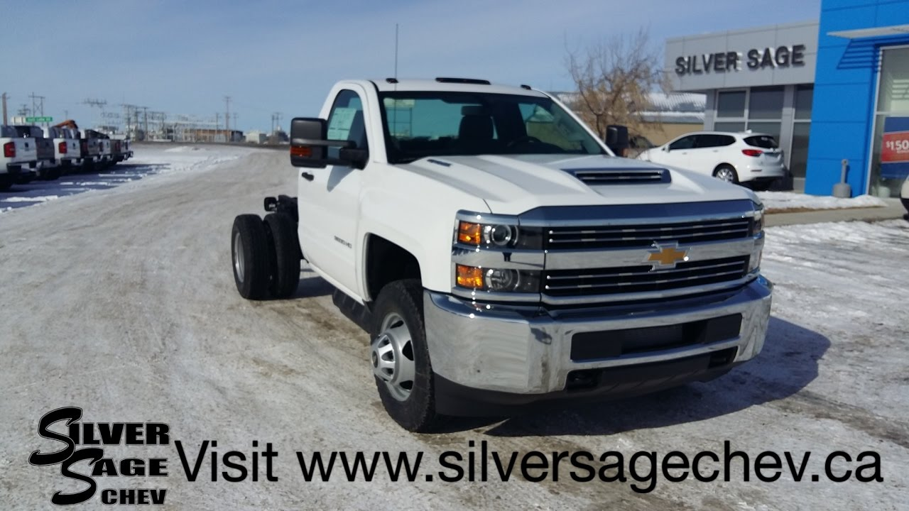 22f2e5fc7a0001 Stock T17158 Brand New 2017 Chev 3500 Cab   Chassis L5P Diesel DRW ...