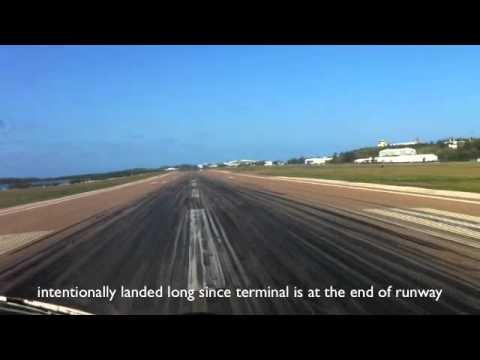 Learjet Landing in Bermuda