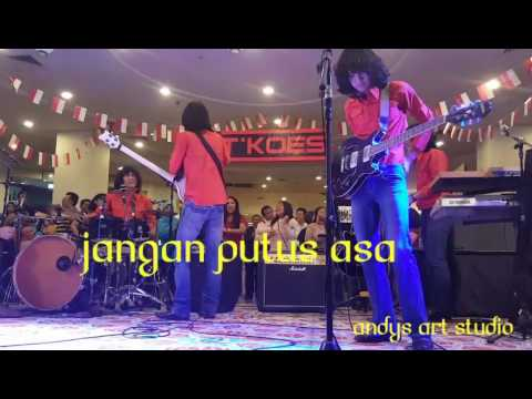 Jangan Putus Asa By Tkoes Band