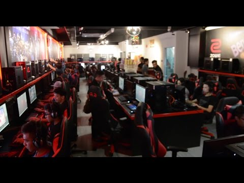 Blackace Cybercafe Kiulap Ultimate Gaming Experience