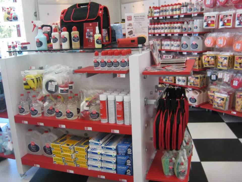 Griot 39 s garage new showroom grand opening youtube for Garage new s villejuif