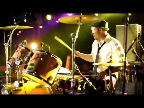 Videoclip Oficial 2011