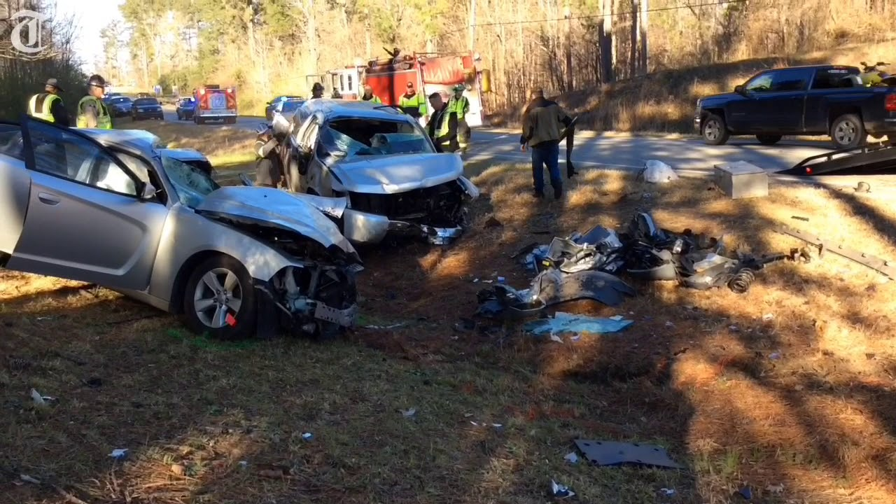 Dodge Charger driver dies in crash on GA 22