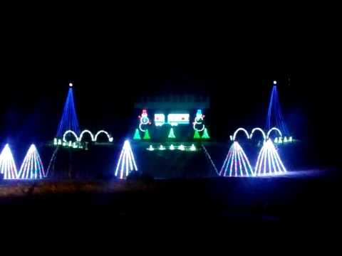 Fond Du Lac WI lake side park Christmas light show