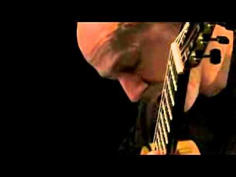 YouTube   Frank Bungarten  Bach Tempo di Borea Double BWV 1002 4 4