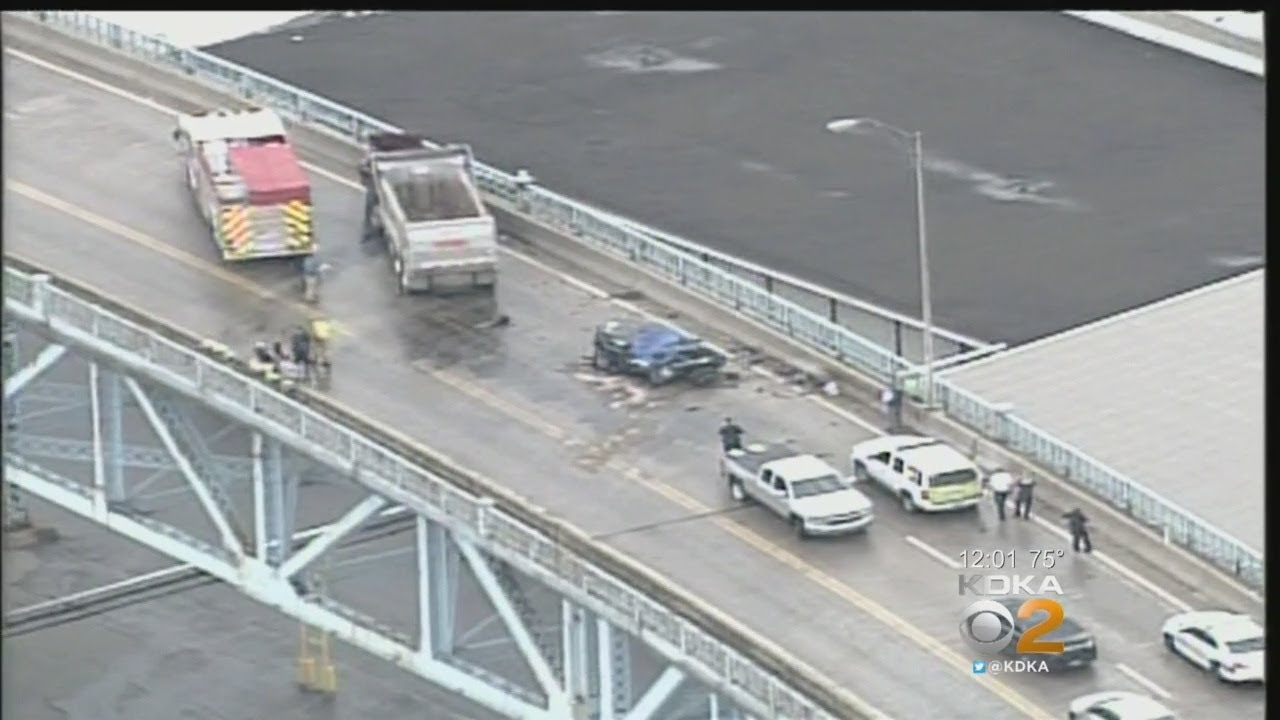 Fatal Crash Closes McKees Rocks Bridge In Both Directions