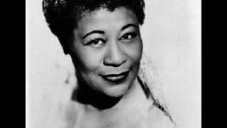 Ella Fitzgerald: The Lady Is a Tramp (Rodgers / Hart, 1937) - Lyrics
