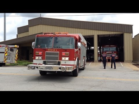 Sand Springs Fire Department - Rescue 1 Returning To Quarters