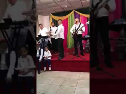 TAX KREDIT BAND LIVE - NASTI ME ZASOVAV 2017