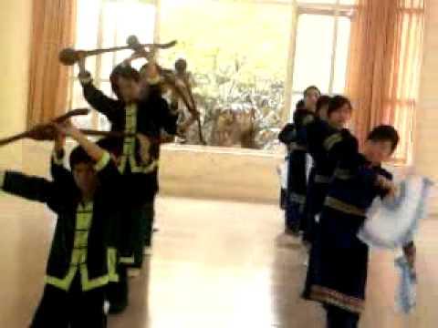 Múa dân tộc Tày: vui hội lồng tồng