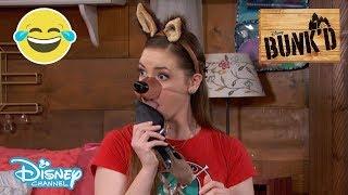 Bunk'd | SMUGKIG! Ny hvalpeven! - Disney Channel Danmark