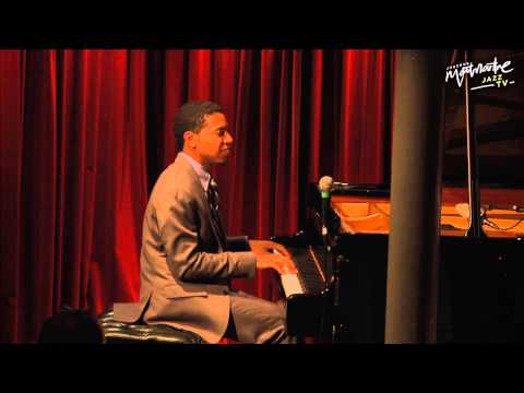 Christian Sands, Thomas Fonnesbæk & Alex Riel - Live at Jazzhus Montmartre)