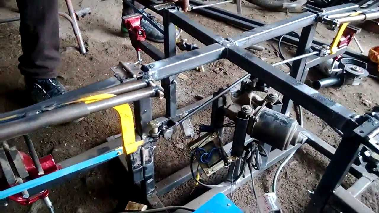 4 way hack saw mechanical engineering project topics - YouTube