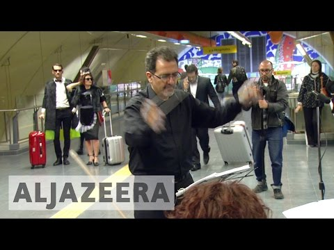 Argentina's singers bring opera to subway stations