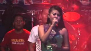 Video Dangdut Shadewa Demak 2016 - Si Kecil Voc. Shanty Mutiara download MP3, 3GP, MP4, WEBM, AVI, FLV Agustus 2017