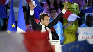 France 2017  Macron calls for unity against 'candidate of hate' Le Pen at May Day rally