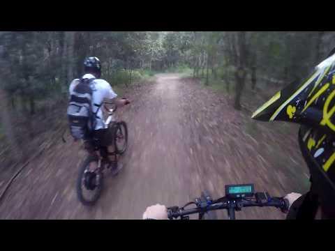 D'Aguilar Electric Bike Race mid drive vs hub motor