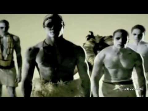 shakira--waka-waka-esto-es-africa-music-video.mp3.mp4