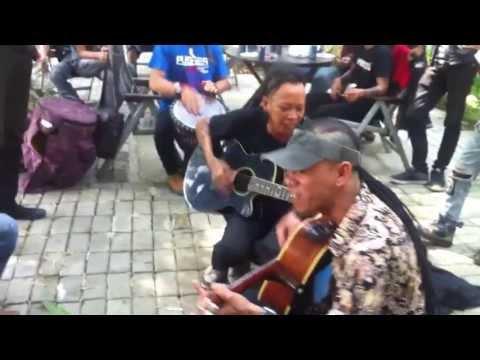 MARJINAL - ANAK MERDEKA ( live at Omah Kebon )