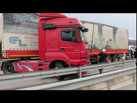 Kula'da Trafik Kazası; 2'i ağır 3 Yaralı