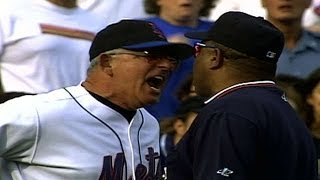1999 NLDS Gm4: Cookie Rojas ejected from game