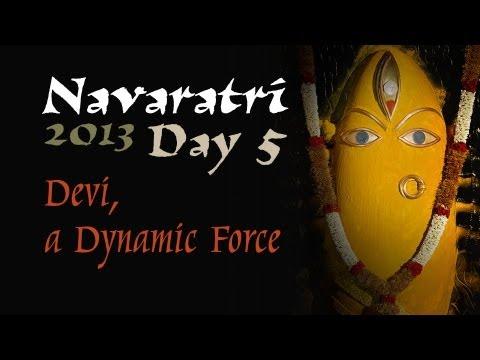 navaratri-2013-day-5---villu-paattu